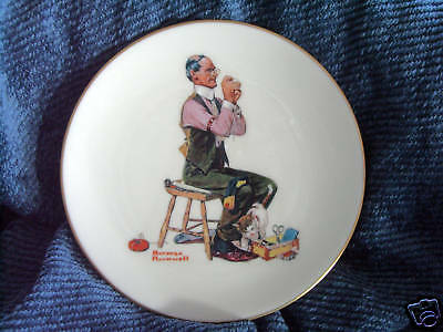 Norman Rockwell's 'MAN THREADING A NEEDLE' plate