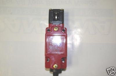 Honeywell Microswitch GKBA16L7 Interlock Safety Switch