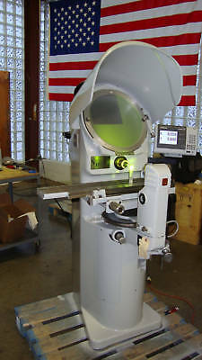 Jones and Lamson PC-14A Optical comparator refurbished with 2 lenses and DRO