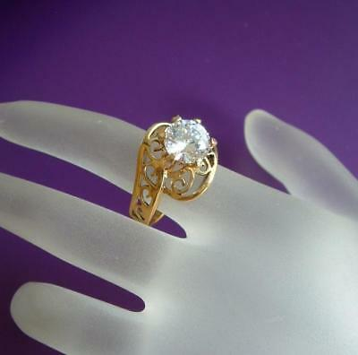 VTG Gorgeous Sparkling 2 carat CZ Cocktail Ring Sz 7
