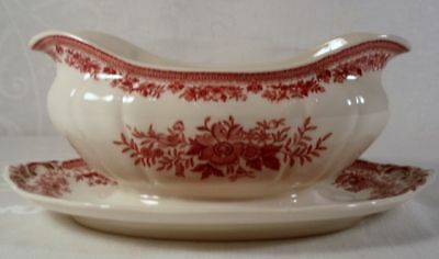 Villeroy and Boch Fasan Red Gravy Boat