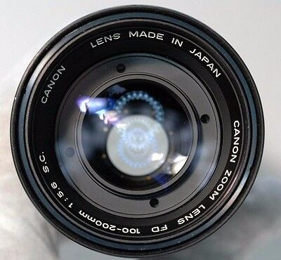 Canon FD 100-200mm f5.6 SC lens manual focusing zoom