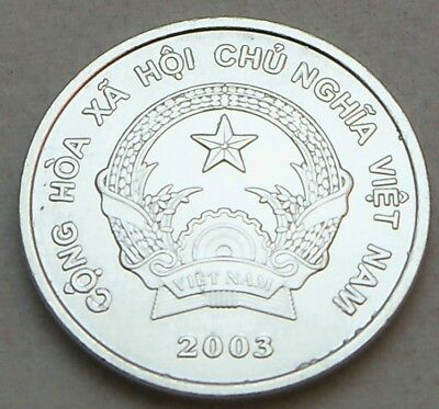 Vietnam - 2003 200 Dong - KM71 - UNC Condition - Coin Too Bright To Get Good Pic