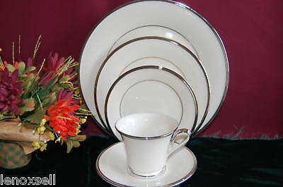 Lenox Solitaire 5 Piece Place Setting New USA
