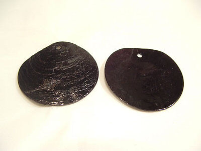 30 x Natural Shell Dyed 13mm Bead Discs : BNS75 Black