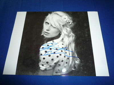 AMANDA JENSSEN signed Autogramm 20x28cm In Person