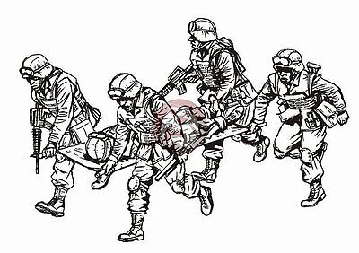 CMK 1/35 US Marines in Iraq Transporting Soldier into UH-60 (5 Figures) F35196