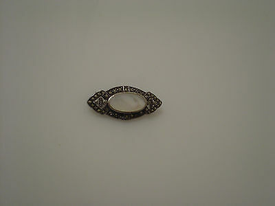 Small sterling 925 & marcasite pin with pearlized center section