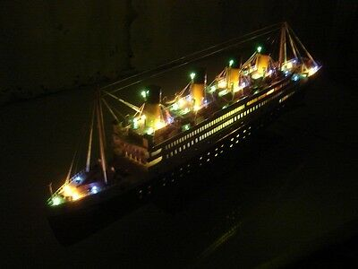 Titanic wooden model cruise ship w/ flashing light 32""