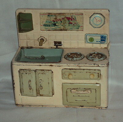 VINTAGE BATTERY POWERD TIN PLATE TOY KITCHEN RARE OLD COLLECTIBLE JAPAN C1950'S
