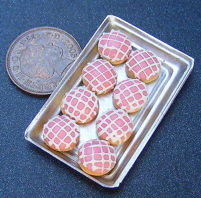 1;12 Scale 8 Pink Donuts On A Metal Tray Dolls House Miniatures Bakery S10