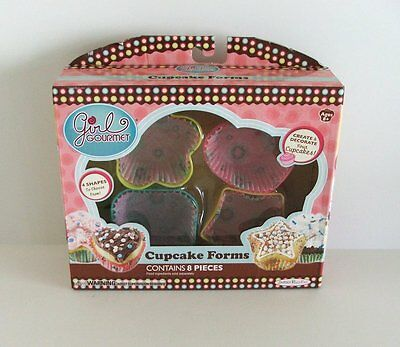 2 Boxes of Childrens Shaped Cupcake Forms..... 4 Microwavable Shapes in each Box