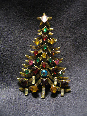Hollycraft christmas tree pin brooch J38