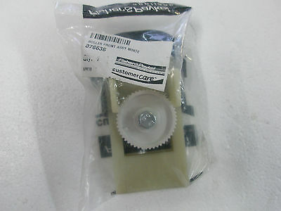 Fisher & Paykel Refrigerator Roller Front Assy White 876636