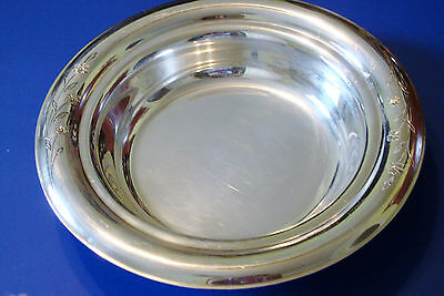 Excellent 1847 Rogers Bros IS Big Springtime Pattern Silverplate serving dish