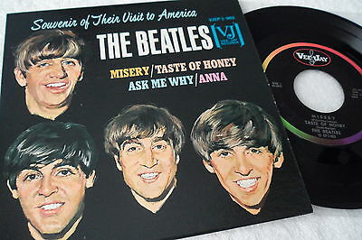BEATLES <<<1964>>> Original <NM> Souvenir to America EP,  VJ 1-903 <OVAL LABELS>