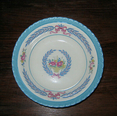 Cambridge Patten Fruit Bowl by Crown Ducal Made in England.  D