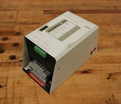 Modicon DR-D005-001, PN: AS-012B-200 Cyberline 1000D Servo Drive - DRD005001