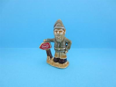 ♥ WADE IRISH LEPRECHAUN WITH `WADE SIGN`, 2004 LE 300 WITH BOX *Mint*
