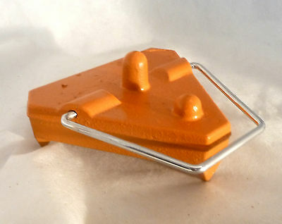 Cast Datum Heavy Duty Change Plate, Ground Plate 5.95 lbs (2,7kg) with two pins