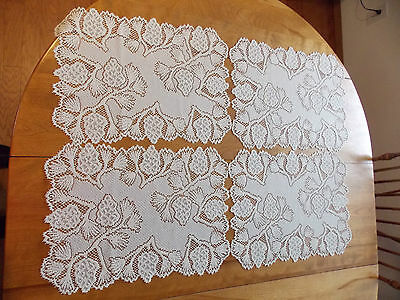 Heritage Lace Ivory Hanging Strawberries Set Of 4 Placemats 20W By 15L Item 3047