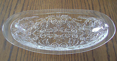 VINTAGE MCKEE CLEAR ROCK CRYSTAL PATTERN BREAD TRAY