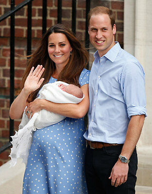 Royal Baby Prince George, William & Kate Commemorative 8x10 photo (&other sizes)