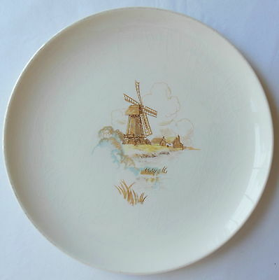 Universal Ballerina Windmill Coupe Dinner Plate Cambridge Ohio Made in USA