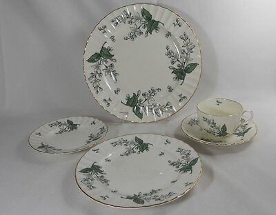 Royal Worcester Valencia Five Peice Place Setting