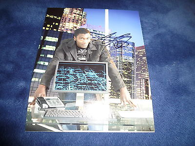 ALDIS HODGE  signed Autogramm 20x25 cm In Person LEVERAGE