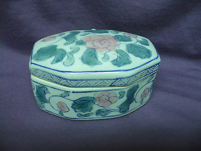Antique Chinese Ceramic Snuff Trinket Box Oval Hand Painted Pink & Green Floral
