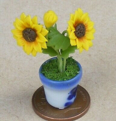 1:12 Scale Bunch Of Yellow Sun Flowers In A Ceramic Pot Tumdee Dolls House