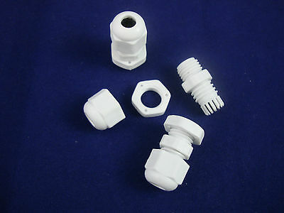 LOT OF 100PCS PG7 Waterproof  Cable Connector Gland Dia. 3.5~6mm Nylon 66 94V-2