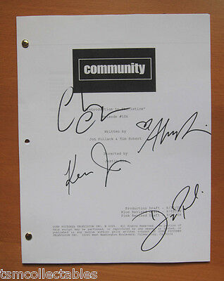 COMMUNITY autographed script Ken JEONG Danny PUDI Chevy CHASE Alison BRIE signed