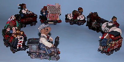 Boyds Bears 9 pc. train set Casey engineer, coalcar, Boxcar, Caboose, asst cars