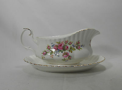 Royal Albert England Moss Rose Montrose Shape - Gravy Boat with Underplate