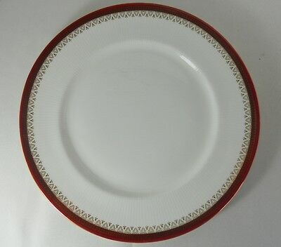 Paragon Holyrood-Red Dinner Plates