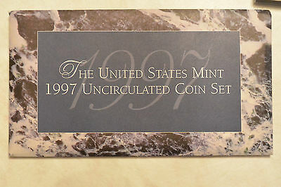 1997 Brilliant Uncirculated US Mint Set P & D in OGP  Excellent Condition