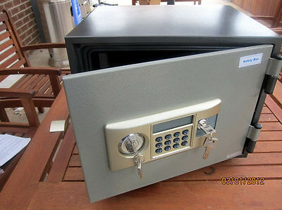 new large fireproof electronic home office security safe box fire proof CDT35E