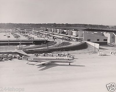 Delta Air Lines - 727 On Ramp - Photo- Black And White 8 X 10