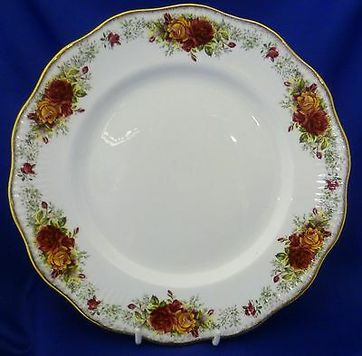 """A Queen's 'stratford' 10½"""" Dinner Plate"""