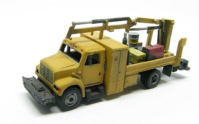 "N Scale ""I"" Type MOW Truck w/Material Handling Crane Kit Showcase Miniatures(49)"