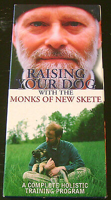 Raising Your Dog With The Monks Of New Skete (VHS, 1998, Atmosphere Entertain.)