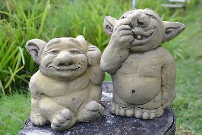 """Trolls nose picking ear picking pair of stone garden ornaments 25""""/19 CM H"""
