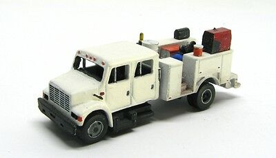 "N Scale ""I"" Type Crew Cab Equipment Service Truck by Showcase Miniatures (54)"