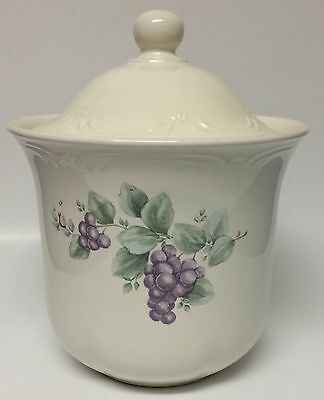 Pfaltzgraff Grapevine Canister Container With Lid Flour Coffee Cookie Jar