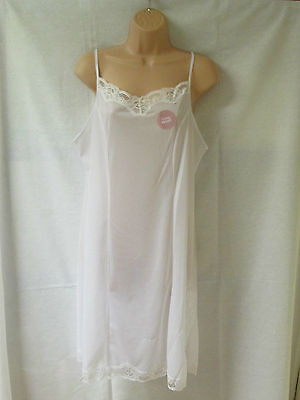 Lovely ladies full slip by Marlon sizes from 12 - 26 colour White or Black (029)
