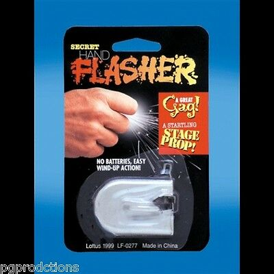 HAND FLASHER FUNKENRING Ring Electric Shoots Sparks Magic Trick Funny Clown Gag