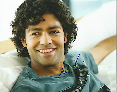 **GFA Entourage-Vincent Chase *ADRIAN GRENIER* Signed 8x10 Photo MH1 COA**