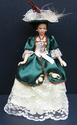 1:12 Victorian Lady In A Green & Yellow Dress Dolls House Miniature Accessory H